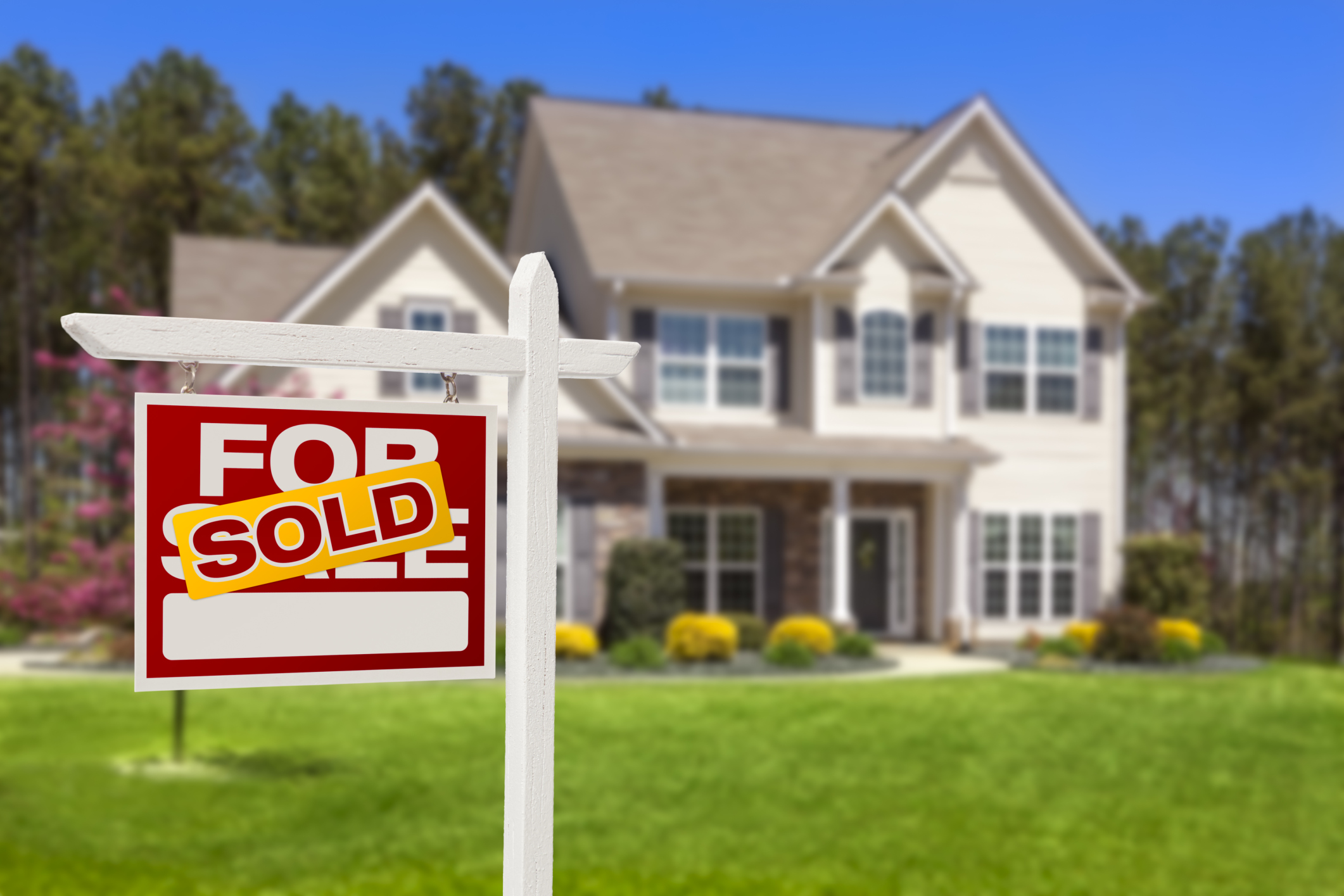 How Do You Buy Real Estate Using a Roth IRA?